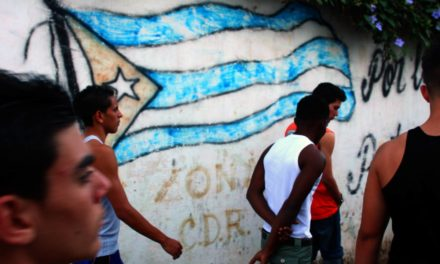 ¿Sabías que ningún cubano puede ser dueño de una empresa ni invertir en Cuba?
