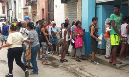 Caída de importaciones y turismo apuntan a hambre en Cuba