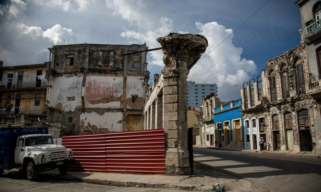 La Habana espera el próximo derrumbe