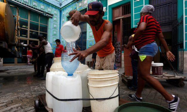 Falta del agua en Cuba hunde más el nivel de vida del cubano de a pie