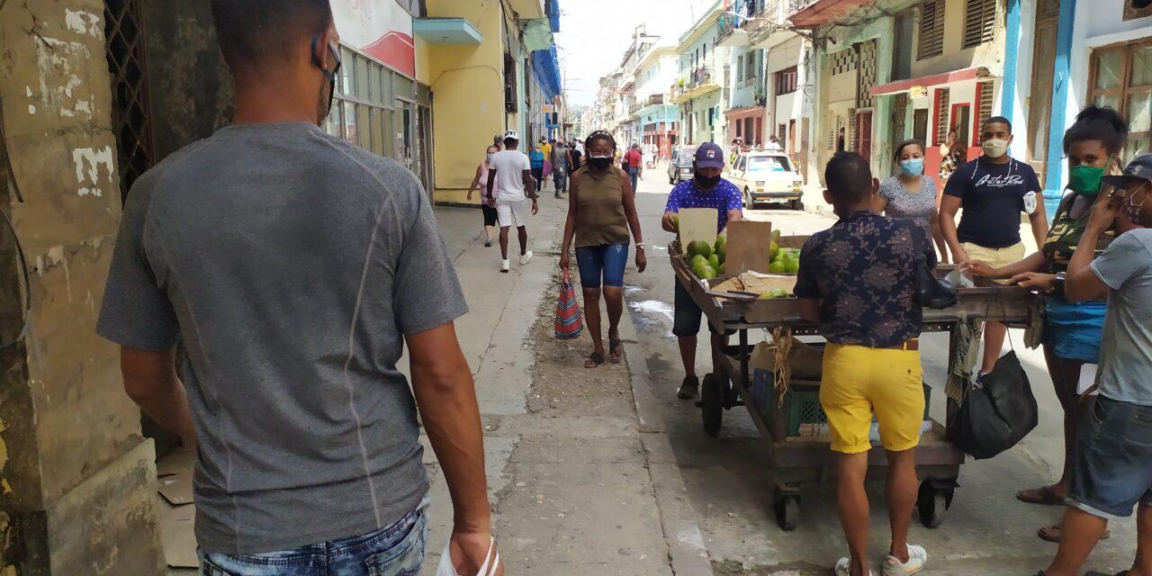 Cómo se puede acabar con la escasez y las colas: empresas privadas en cuba