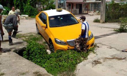 ALCANTARILLA ROTA PROVOCA 10 ACCIDENTES EN CAMAGÜEY